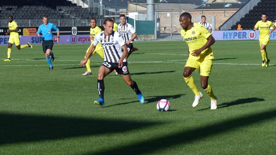 Photo: Villarreal forward Toko Ekambi played against his former Angers SCO teammates at the Stade Raymond Kopa.