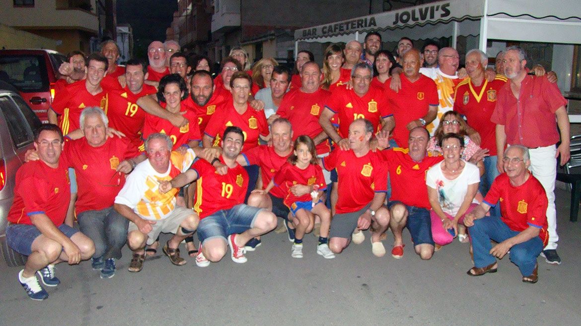 Bruno's Hometown, Artana, goes mad for Spain