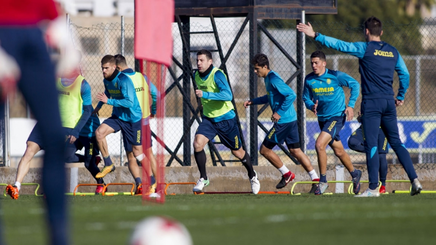 Photo: The Yellows preparing for the clash against Real Madrid at the Villarreal CF Training Ground (Ciudad Deportiva).