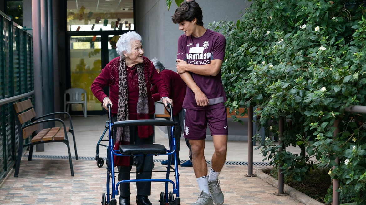 The U16s have unforgettable moments in an Alzheimer's centre