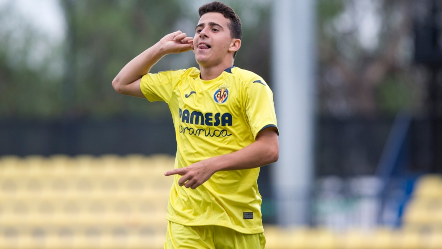 Photo: U19 A team player José Luis celebrates the second goal against Real Murcia (2-0).