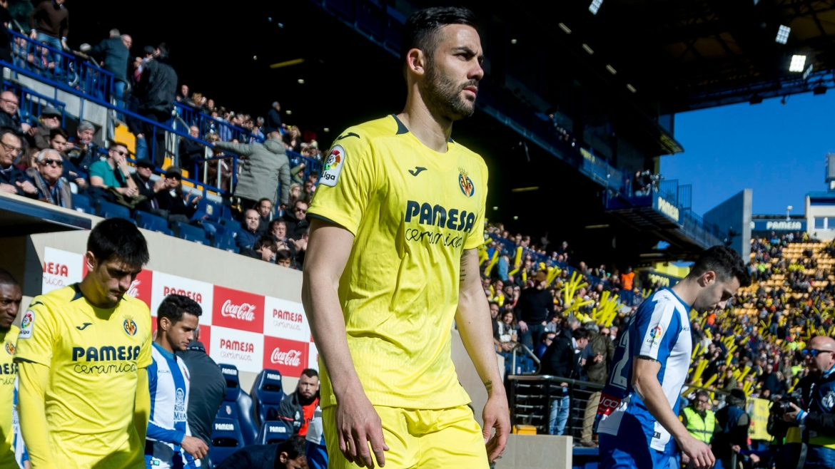 PHOTO: Vicente Iborra is one of the three new players in the UEFA Europa League squad for the knockout stage.