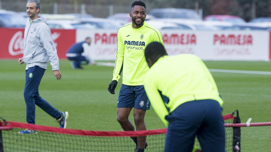 Cédric Bakambu, during a training session at the Villarreal CF Training Ground (Ciudad Deportiva).