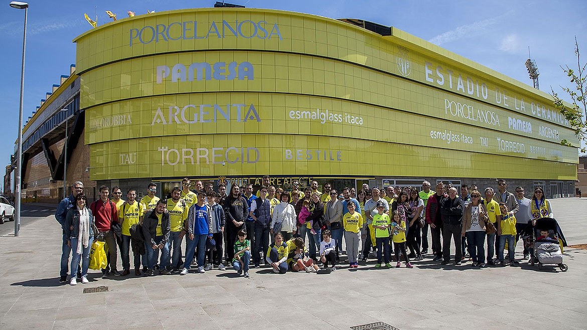 ¡Anima al Villarreal en el Camp Nou!