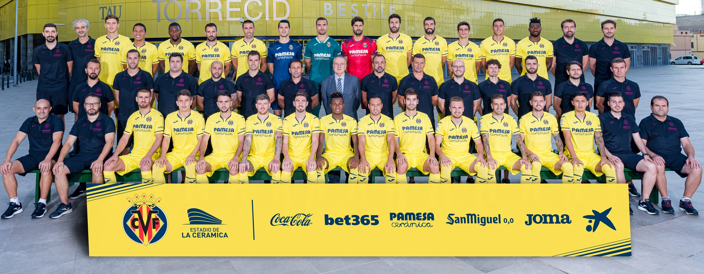 Download the official 2019/20 first-team photo!