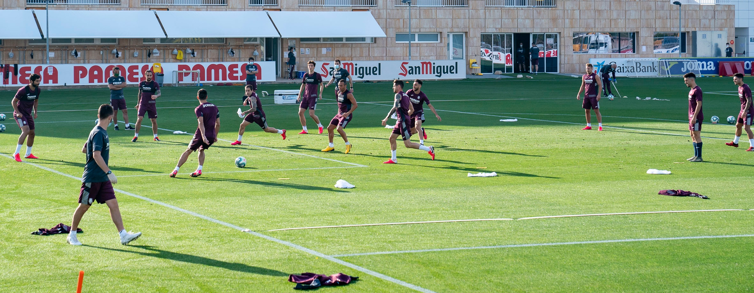 Villarreal are training in groups of up to 14 players